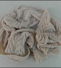 Sisley prelepi šal koji se samo navlači