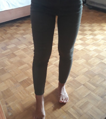 LCW zelene pantalone