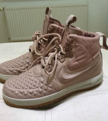 Nike air za sneg
