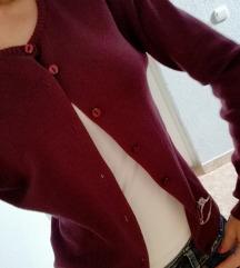Džemper na kopcanje-