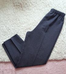 Nove pantalone na lastiz