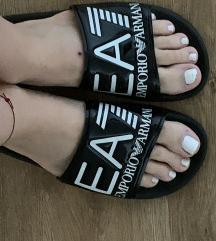 Armani papuce
