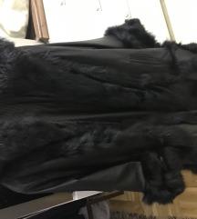Duga kozna jakna s krznom