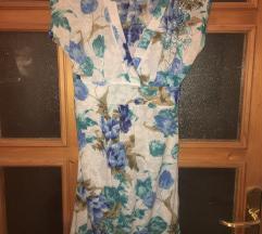 Lagana cvetna pamucna haljinica