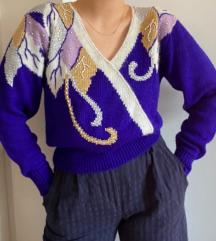 Indigo plavi džemper sa detaljima