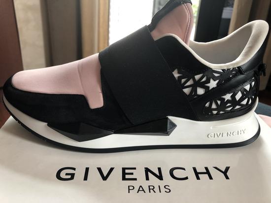SNIZENJE!!!Givenchy patike original/28000 din