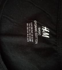 H & M crna majica