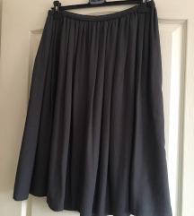 Nicola'S siva suknja, nova
