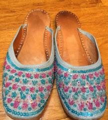 Indijske papuce sa perlicama
