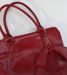 Nova crvena Avon torba