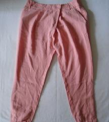 Zara 3/4 pantalone/šalvare