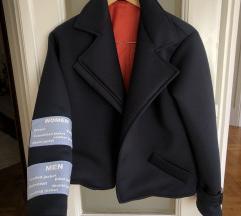 Prolecna teget jakna