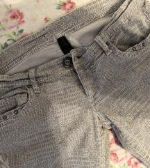 Atradivarius animal print pantalone
