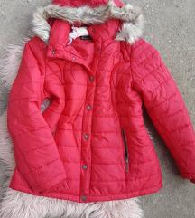 Crvena jakna sa krznom vel. L - kao nova