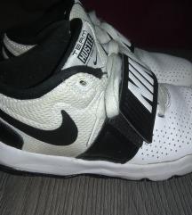 Nike hustle