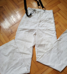 Zara treger prugaste pantalone visoki struk