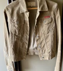 Tiffany jaknica