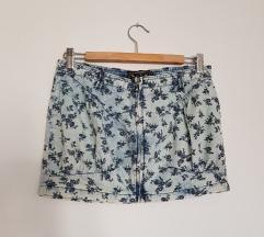 BERSHKA cvetna mini suknja