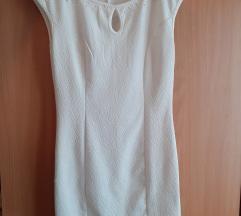 Prelepa bela haljina sa  biserima