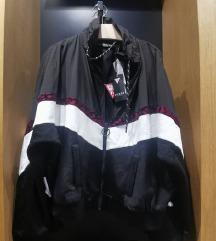 Guess duks jakna sa etiketom M