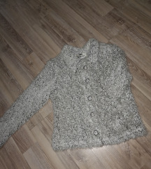 Krznena čupava jaknica