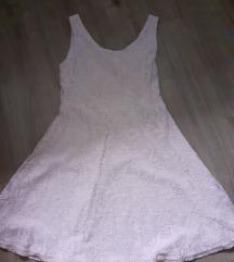 Roza cipkasta haljina