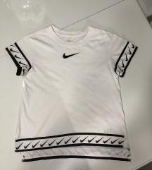Original Nike majica! PRELEPA