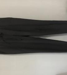Zara poslovne pantalone