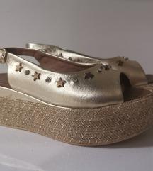 Nove zlatne kozne Inuovo sandale