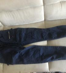 Pantalone sa dzepovima