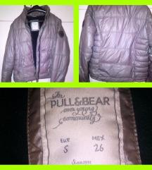 Pull and Bear jakna postavljena