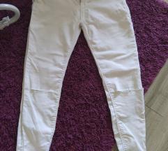 Amisu bele pantalone