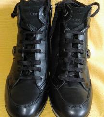 Geox kožne cipele 37 NOVO