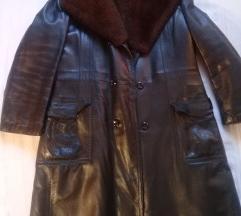 Muški kožni kaput postavljen krznom