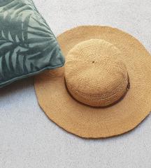 Parfois šešir