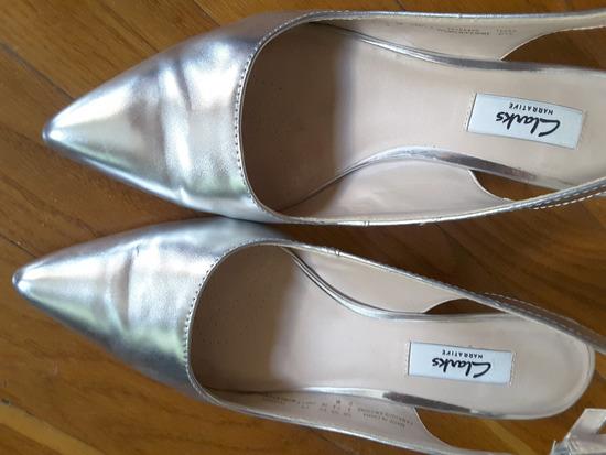 Clarks srebrne kožne sandale