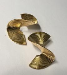 Zlatne spiralne mindjuse