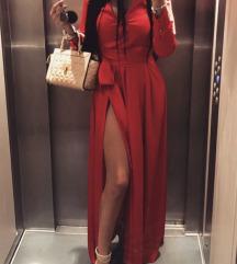 Duga svilena haljina