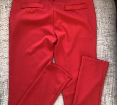 Crvene pantalone snižene!!!