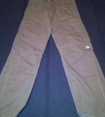 pantalone Nike, velicina 40 - 42