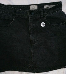 Moderna crna teksas suknja