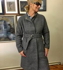 Ženski MANGO sivi kaput