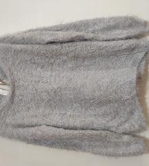 Džemper 🐻 veoma mekan