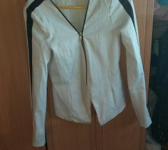 Amisu beli sako jaknica