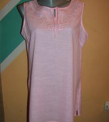 Roze pamučna  bluza sa vezom i cirkonima novo