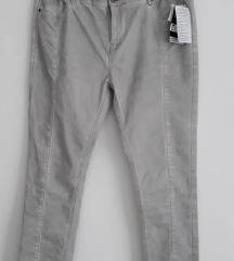 Pantalone Janina 46 Novo