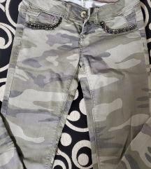 Tally Weijl vojnicke pantalone 34