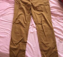 Braonkaste pantalone