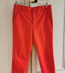Crvene Zara pantalone