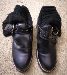 Zara retro cipele sa čarapom
